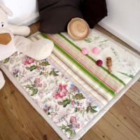 Tapis d'éveil romantique, fleurs et rayures